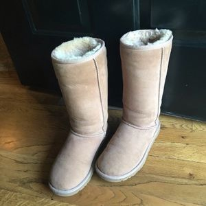 UGG Classic Tall Boots Chestnut Sz 6 winter boots